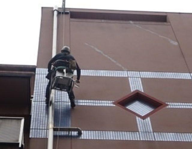 ゴンドラで外壁調査!!
